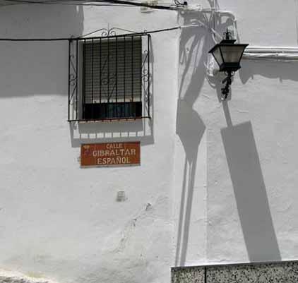 Enlaces a audiovisuales y artflash. Porque pa qué hablar de Gibraltar ni del petroleo???